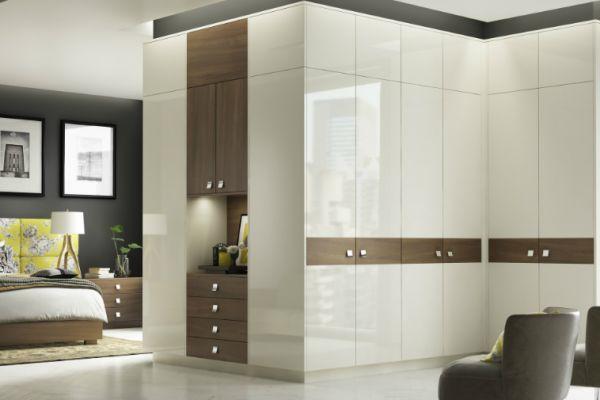 apex-ivory-and-dark-walnut-bedroomE33AD959-89DA-9538-8A8B-9B784B615D48.jpg