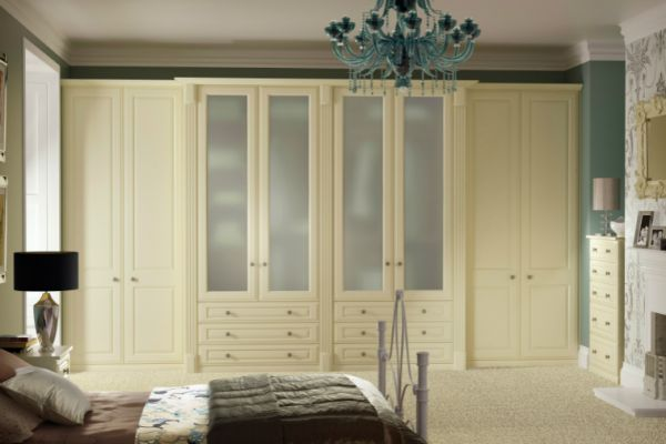 apex-buckingham-cream-smooth-roomsetA1A8ADA4-5161-3B4B-7B90-5CEB7FD8F8D2.jpg